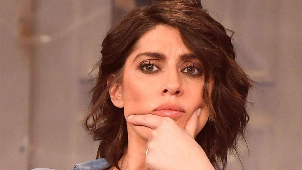 "Elisa Isoardi non ha dubbi: ""sto benissimo da sola"""