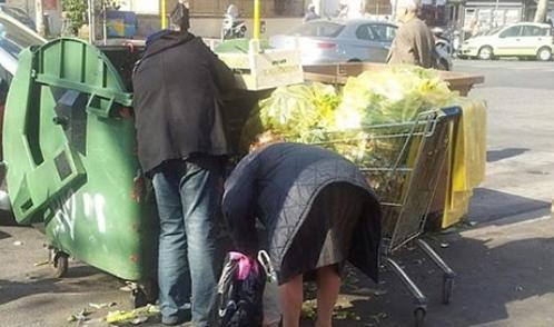 """""""A 79 anni con 350 euro al mese, mangio una volta al giorno"""": la triste storia di Carla dopo la scomparsa di suo marito"""