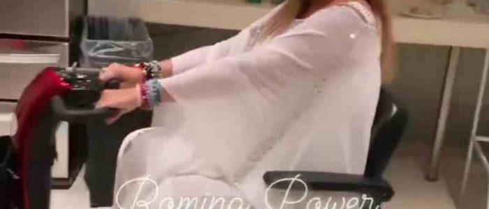 Romina Power dolore sul palco: incidente mentre si esibisce con Albano