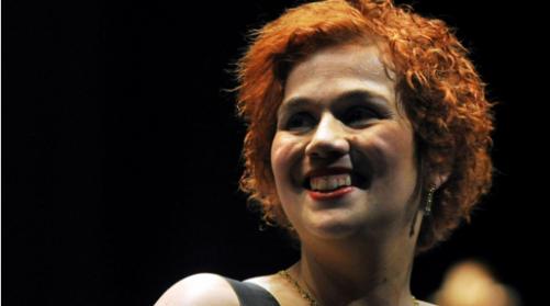 Lutto nella musica italiana: La cantante morta sul colpo in un tragico incidente stradale