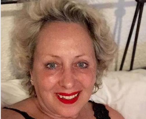 """""""Voglio chiudere in bellezza"""". Carolyn Smith, dopo mesi di silenzio, la giudice di Ballando con le stelle, racconta tutta la (triste) verità. Gelo tra i fan"""