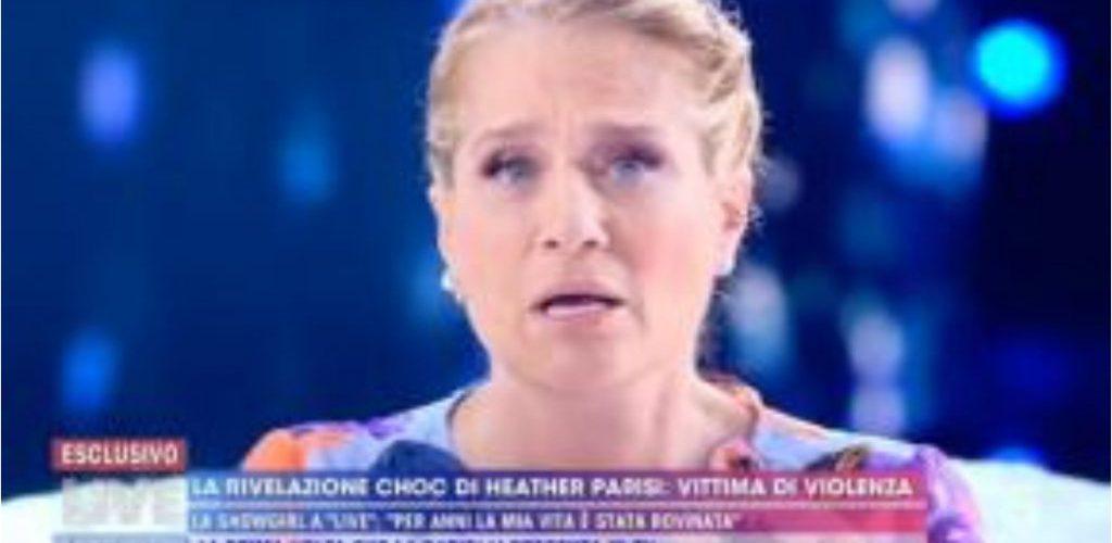 """""""Mi ha massacrata con calci e pugni per 7 anni"""". Heather Parisi, la confessione choc da Barbara D'Urso"""