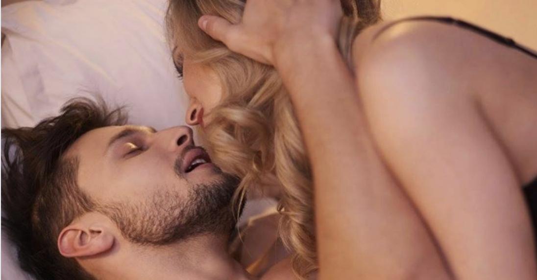 Il sesso è fondamentale per una coppia.Ma quanti rapporti bisogna consumare in una settimana? La risposta che non vi aspettereste