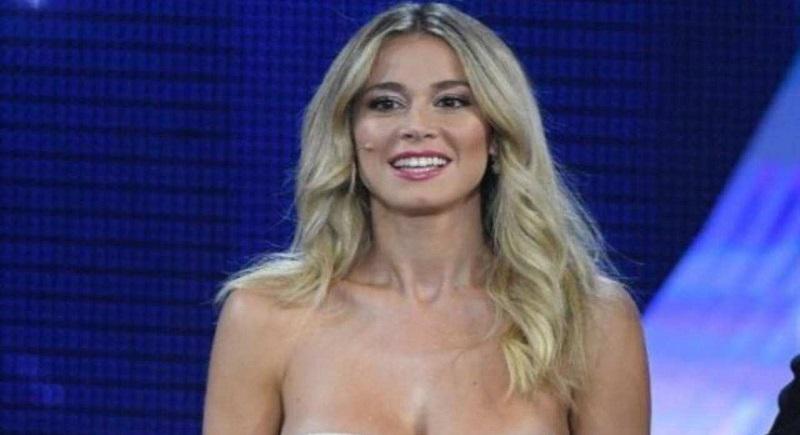 Diletta Leotta dimentica di mettere gli slip: la foto accende gli animi