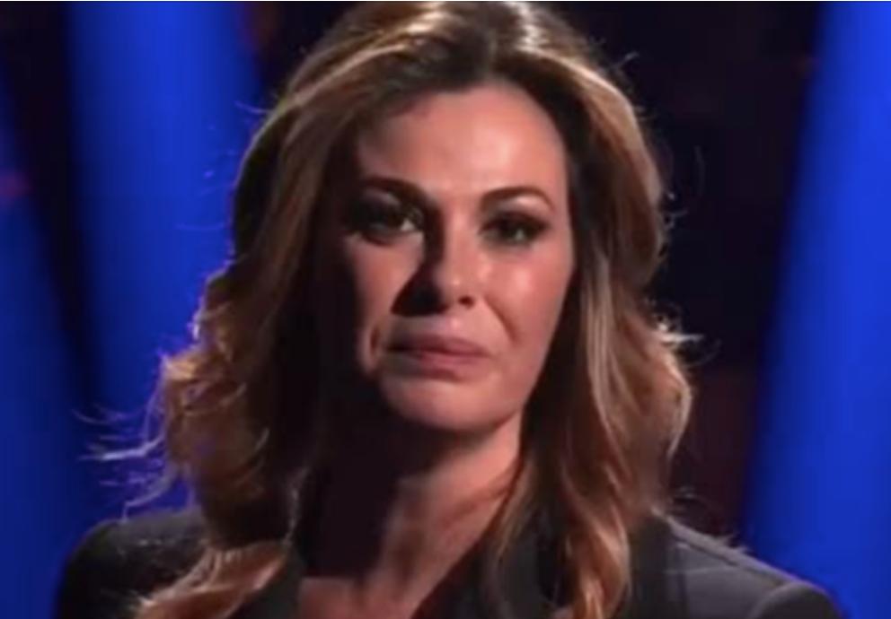 """Vanessa Incontrada in lacrime a '20 anni che siamo italiani': """"La perfezione non esiste"""""""