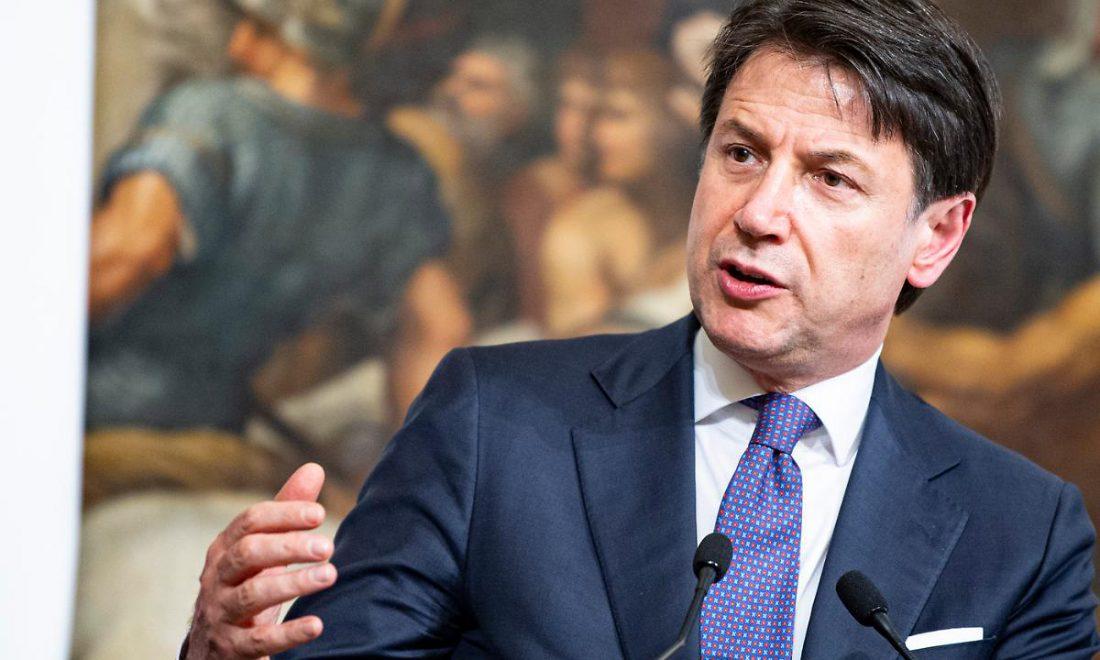 Giuseppe Conte spende 10 mila euro per i caffè di Palazzo Chigi