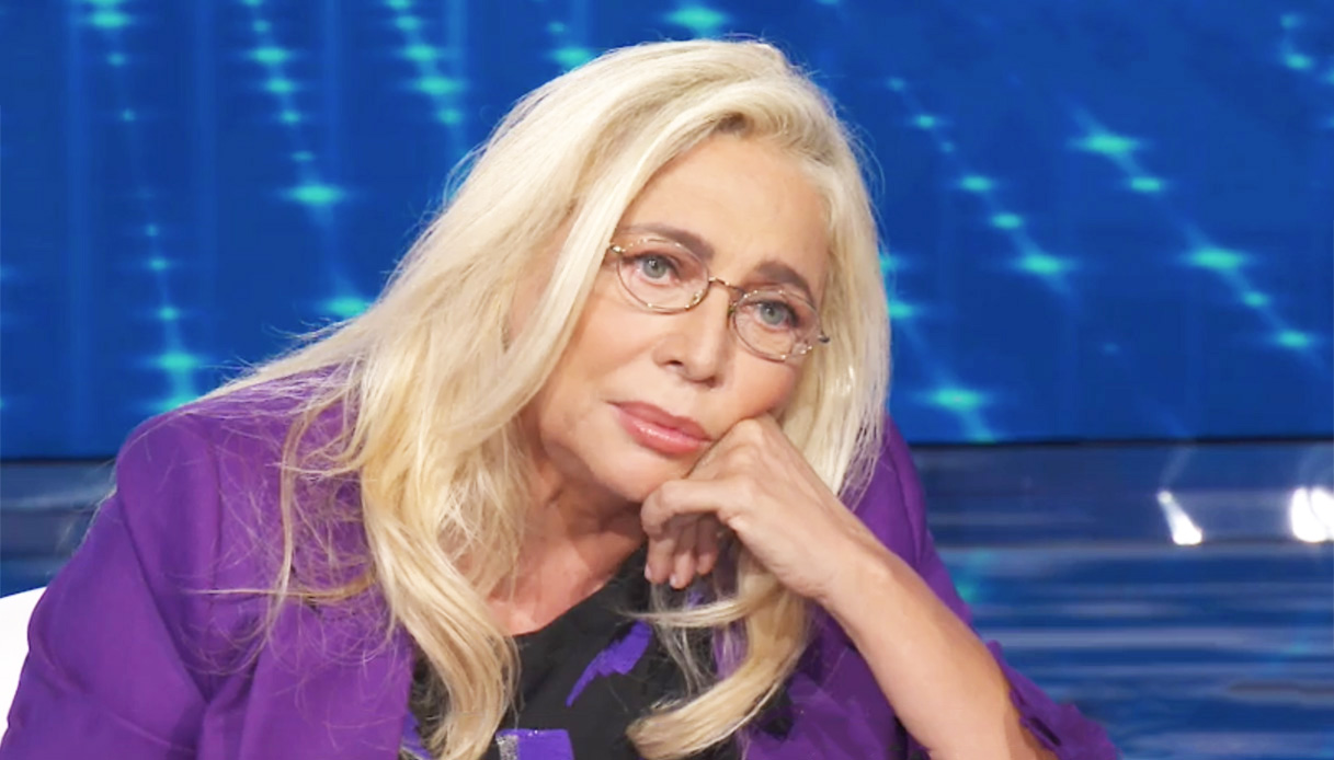 """""""Sono malata"""". Mara Venier, la rivelazione choc prima della sua ospitata a Sanremo. """"Ecco di cosa soffro"""""""