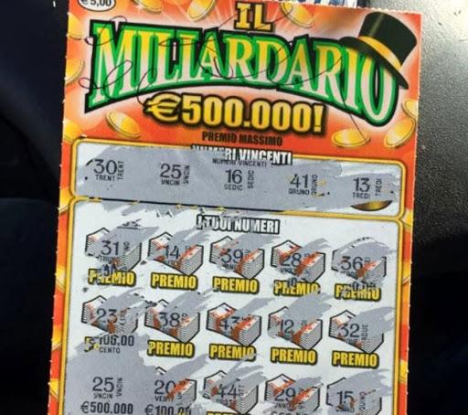 Bimbo di cinque anni vince più di 300 mila euro al miliardario