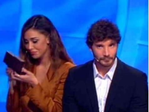 """""""Ma sei pazzo?!"""". C'è posta per te, la clamorosa gaffe di Stefano De Martino (e Belen): Maria senza parole"""