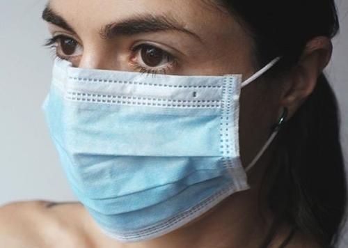 Coronavirus, una ragazza di 27 anni è la vittima più giovane in Italia