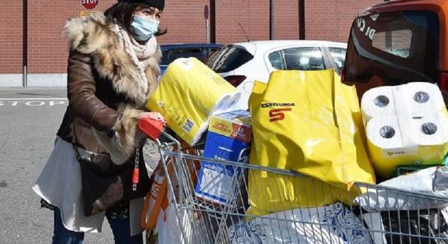 Supermercati, nuovi orari da questo weekend: tutte le info utili