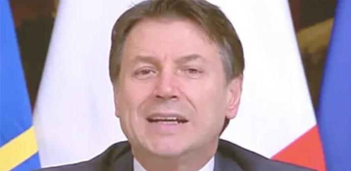 """La Federazione della stampa contro Conte: """"Basta monologhi. Non può sottrarsi alle domande"""""""