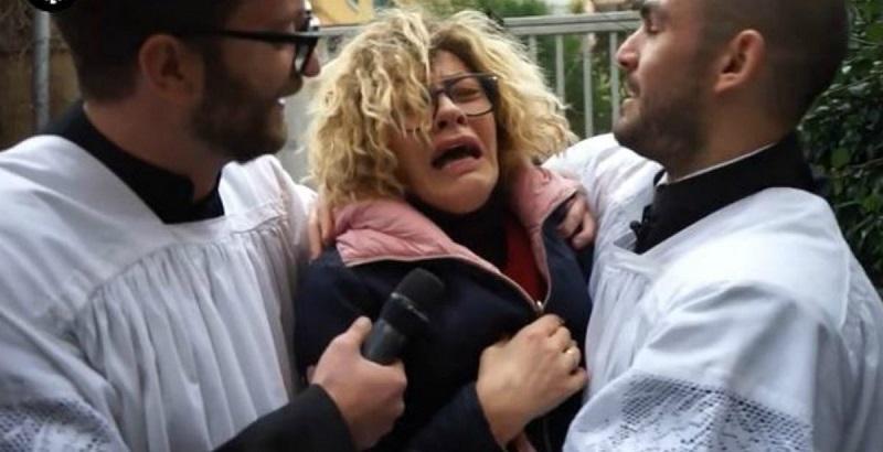 Imma Battaglia a letto con una suora, Eva Grimaldi scappa di casa in lacrime