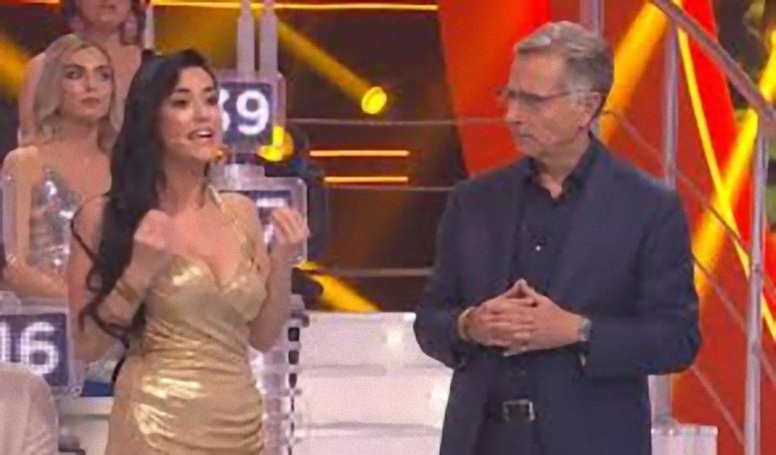 """Paolo Bonolis ad Avanti un altro, Miss Claudia la cognata esce fuori casa: """"E la quarantena?"""""""