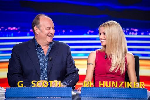 Michelle Hunziker e Gerry Scotti, quanto guadagnano a Striscia La Notizia?