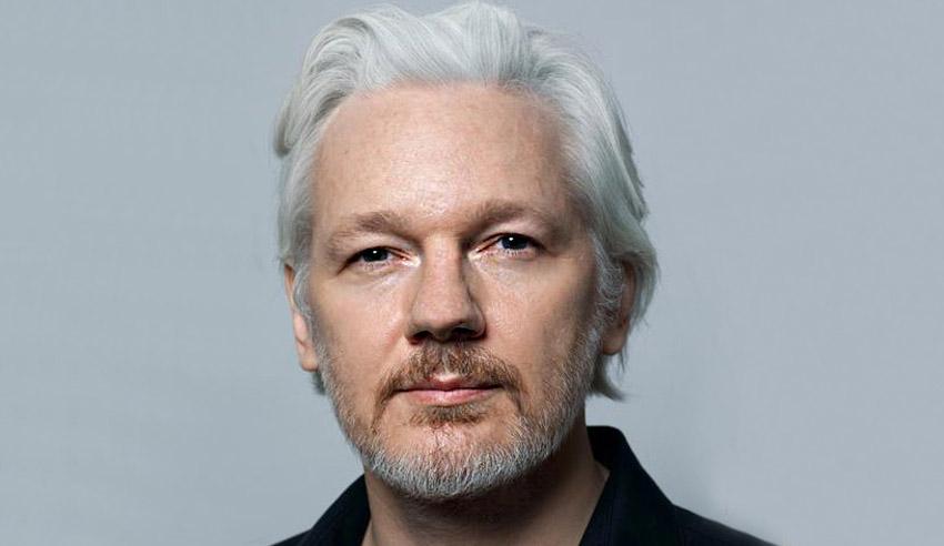 Julian Assange, ha avuto due figli segreti mentre era rifugiato nell'ambasciata dell'Ecuador