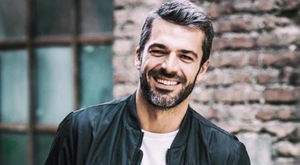 Luca Argentero, l'attore e all'apice del successo e della felicità, visto che è diventato papà di Nina