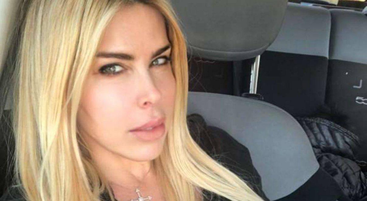 Loredana Lecciso è in fissa… la compagna di Albano non riesce a farne a meno