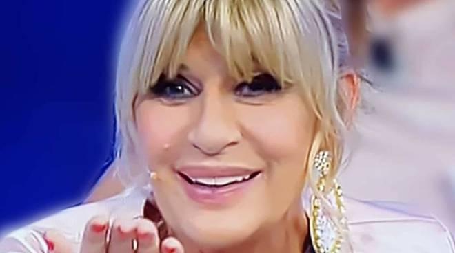 Gemma Galgani lancia un appello: ''aiutiamo a trovare l'amore ad Emma Marrone e Stefano De Martino''
