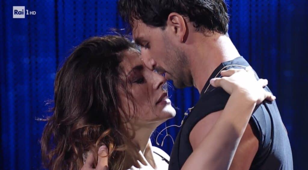 Raimondo Todaro e Elisa Isoardi è nata un'intesa scintillante