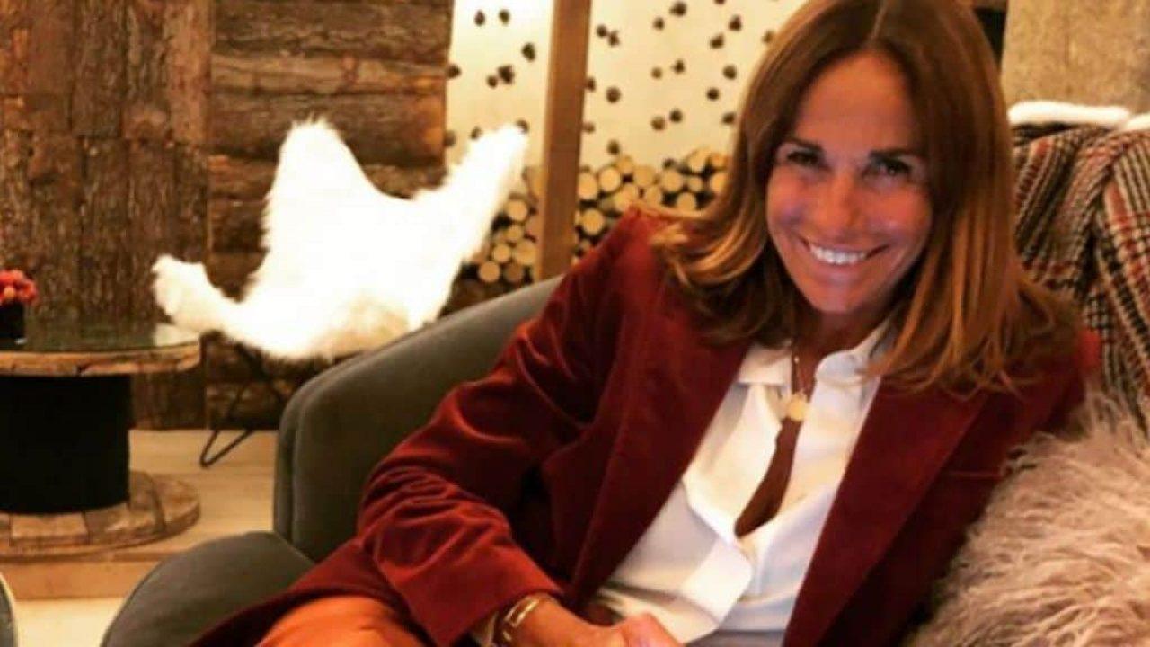Cristina Parodi, a spasso per Milano per fare acquisti con l'amica!