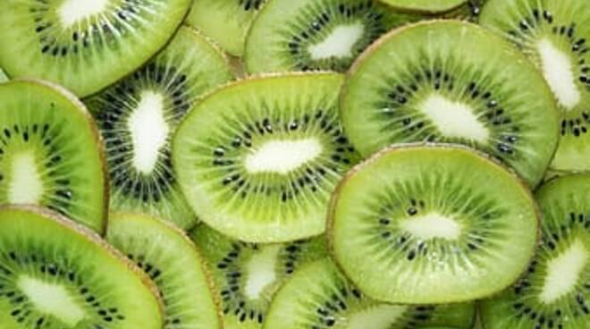 Ecco cosa succede se mangi due kiwi al giorno