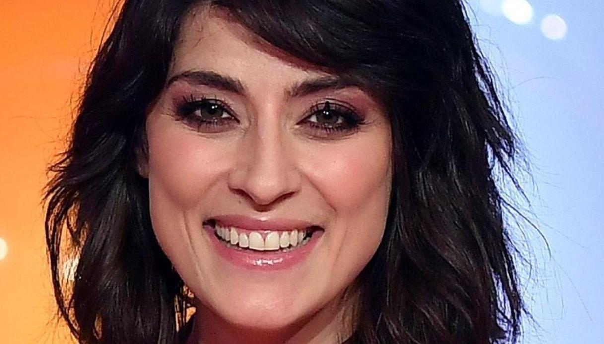 Elisa Isoardi: chi è, Isola dei Famosi, età, carriera, figli, vita privata, curiosità, fidanzato